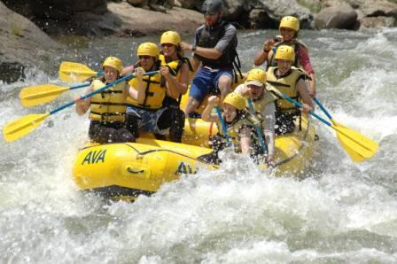 Begginner Whitewater Rafting Trips in Colorado